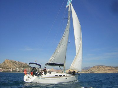 Hiring a Sailing Boat in Alicante - 1 day