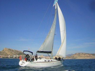 Alquilar velero en la costa de Alicante 1 día