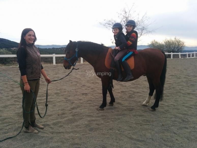 骑马课期间