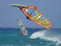 Salto di windsurf