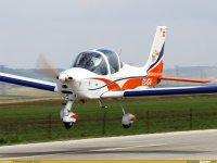 Aprende a pilotar una avioneta en Segovia