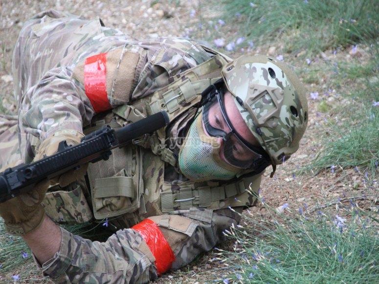 Soldado en el suelo