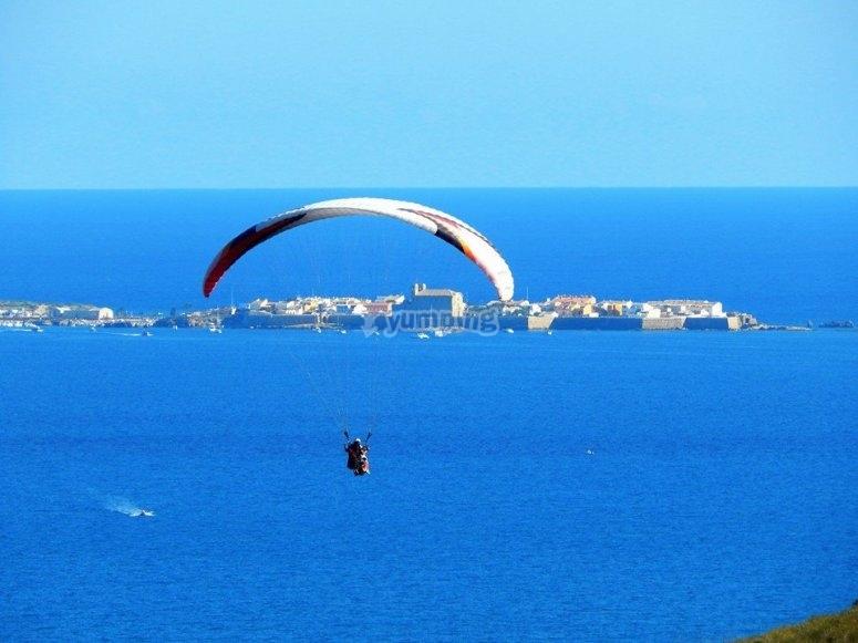 Parapente en la costa de Alicante