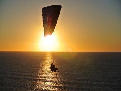 滑翔伞飞行圣波拉10分钟