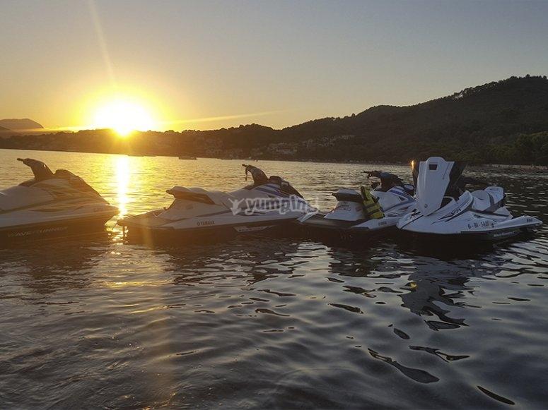 Paseo en moto de agua al atardecer por la Bahía de Alcudia