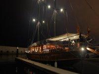 船上的夜间聚会