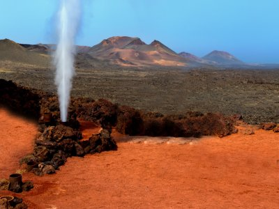 Guided tour through Lanzarote by bus for children