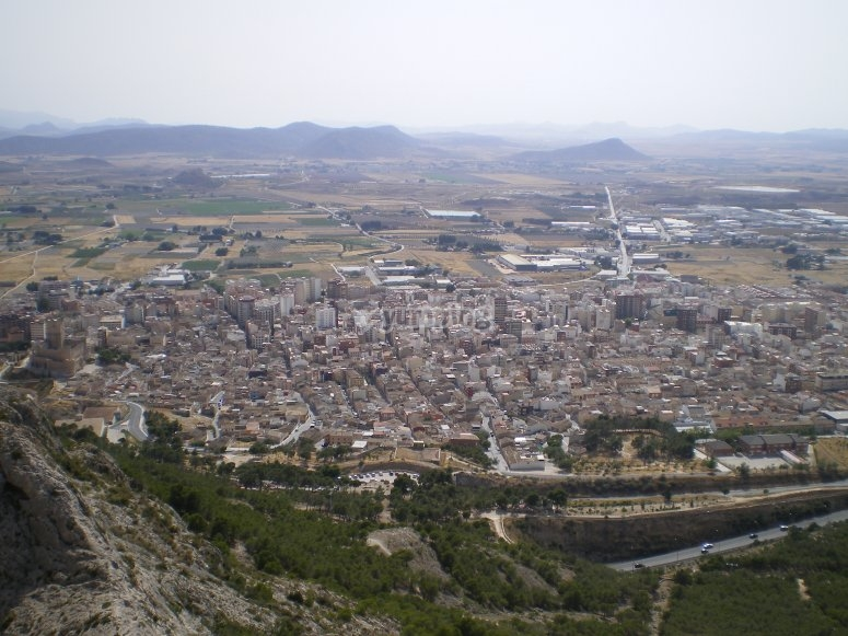 Villena desde la sierra