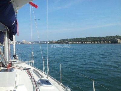 Paseo en velero en el Cantábrico en fin de semana