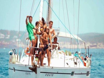 Despedida de solteros en barco en Almuñécar