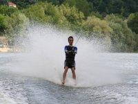 Profesional del esquí acuático