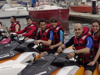 Despedida con 8 jet ski dobles en Barcelona 1 hora
