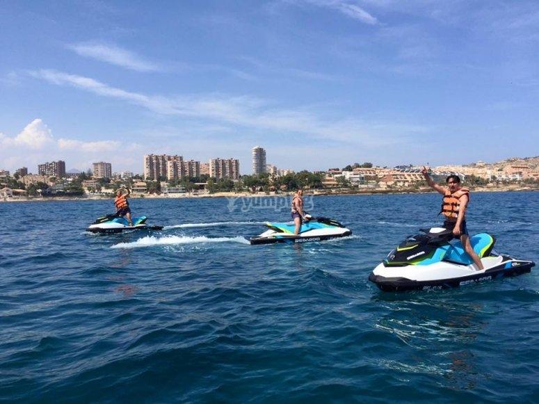Máxima diversión en las motos de agua