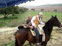 bandoleros a caballos