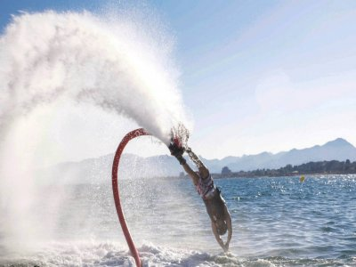 Flyboarding in Costa Dorada + equipment