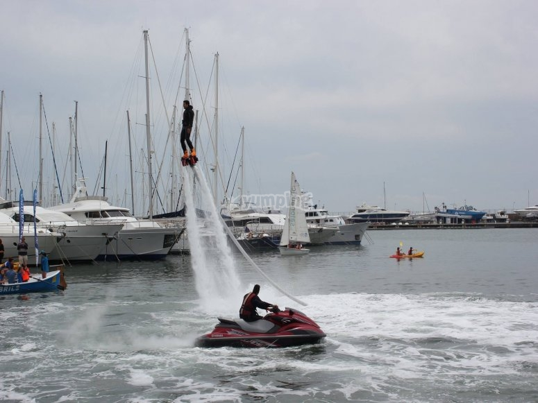 Enjoy the heights with the flyboard
