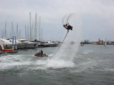 Flyboarding for two in Costa Dorada