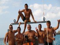 Con amigos en el barco