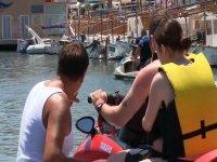 Saliendo del puerto en moto de agua