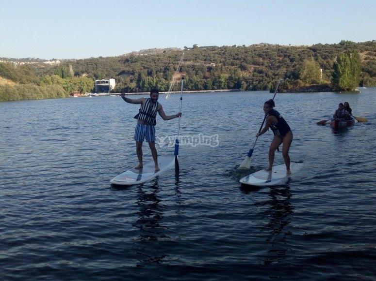 Remando con paddle surf en San Rafael