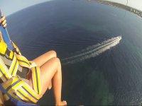 Volando en parasailing en Mallorca