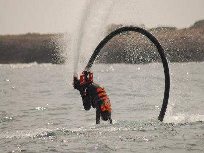 梅诺卡岛团体的Flyboarding