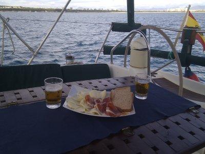 Despedida de soltero con noche en velero Alicante