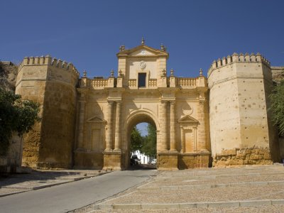Guided tour of Carmona half day