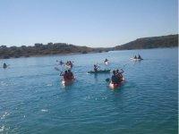 Kayaks avec la famille