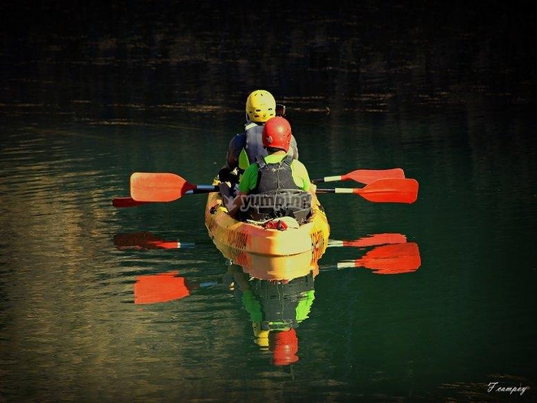 A bordo del kayak doble