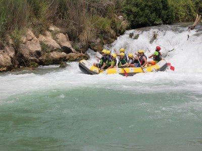 Rafting Cenajo y Rio Mundo con Almuerzo y Fotos 4h