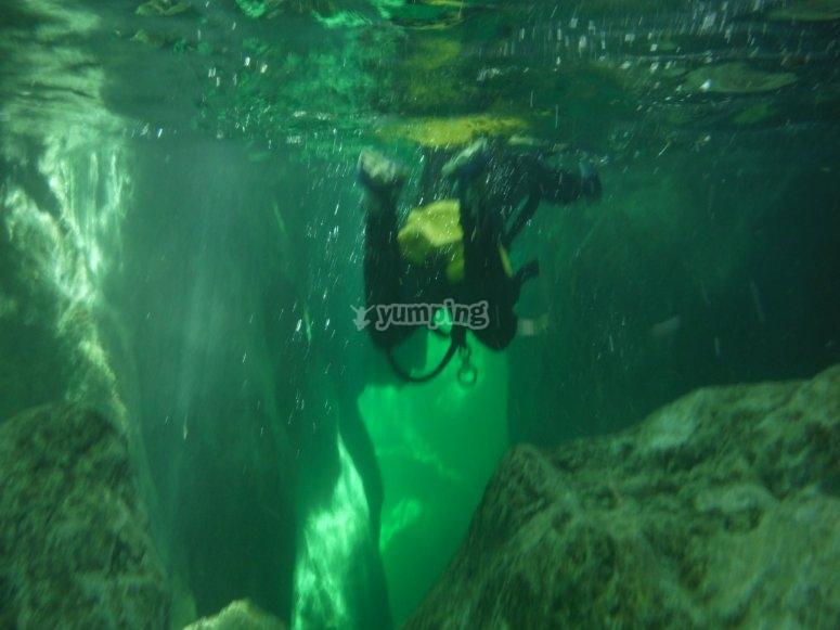 Aguas cristalinas en barranco de La Bolera