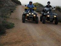 Atravesando el camino con los quads