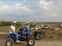 Visitando pueblos de Cuenca en quad