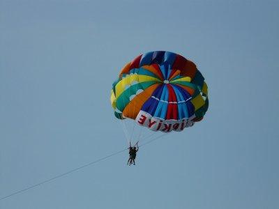 Volo in parapendio Costa Fuengirola e bicchiere di cava