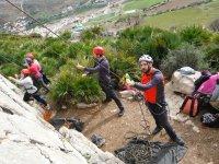 Asegurando a los escaladores en Malaga
