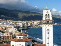 Tenerife and its sea