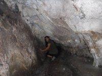 Gatera en las Cuevas de San Marcos