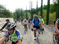 Grupo pedaleando