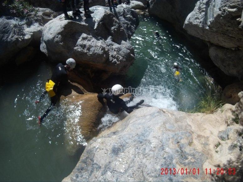 Baja por aguas cristalinas