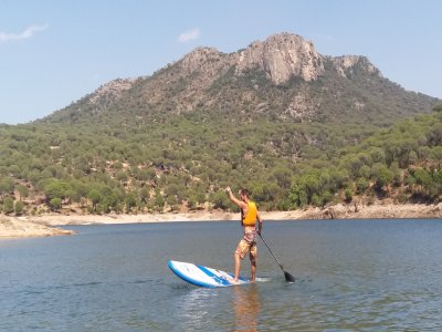 Alquiler de paddle surf en Embalse San Juan 1 hora