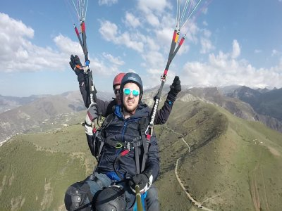 Paragliding Flight in Granada for 2 + Video