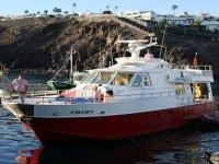 Puesta de sol en barco en Lanzarote con cava