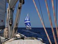 照准黑珍珠找到我们另一个帆船