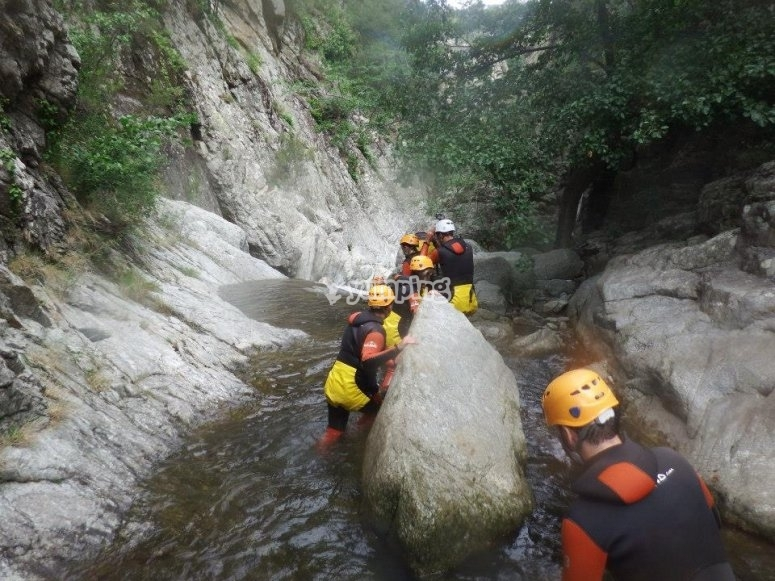 Canyoning in Les Anelles