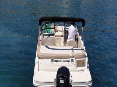 Alquiler de barco con patrón en Marbella 1 hora