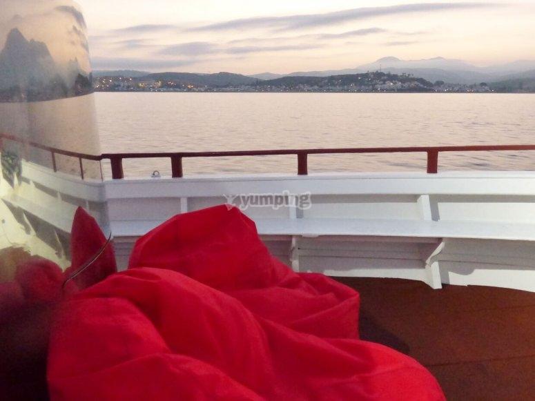Monta en nuestro barco