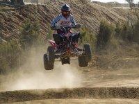 Salto en quad