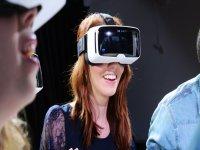 测试虚拟现实眼镜