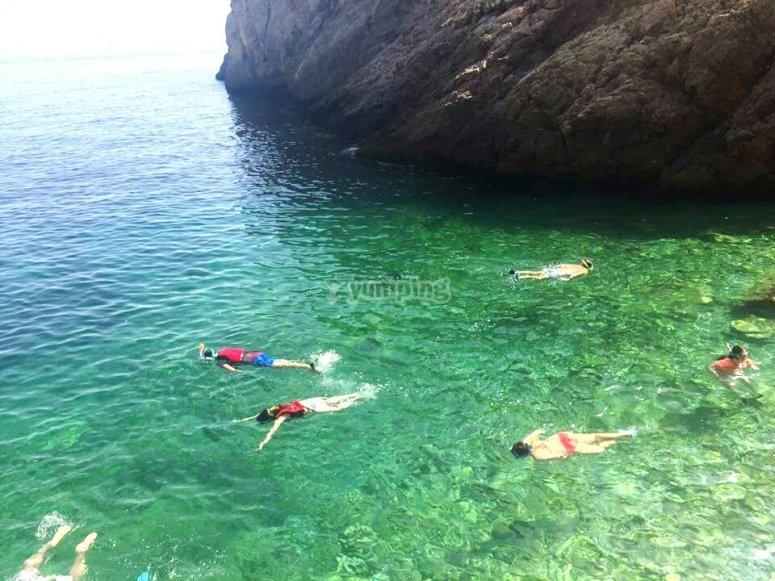 Snorkel en la cala Rijana